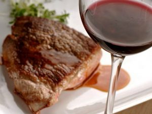 Red wine and meat in sauce
