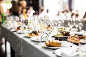 restaurant-caviste-diner-consommateur-vin-bordeaux