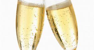 champagne-bulles-vin-effervescent-coupes-saint-valentin