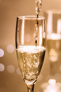 Coupe Champagne, Wine Tour Booking