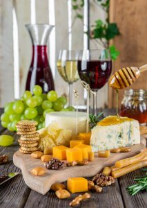 Plateau fromage oenotourisme wine tour booking
